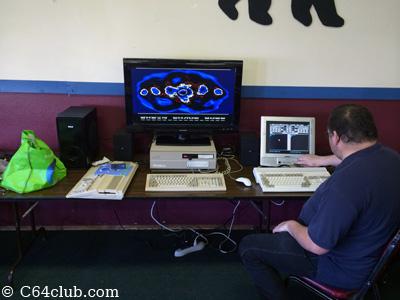 Amiga 2000 Demo Presentation - Northwest Retro Computing and Video Game Club